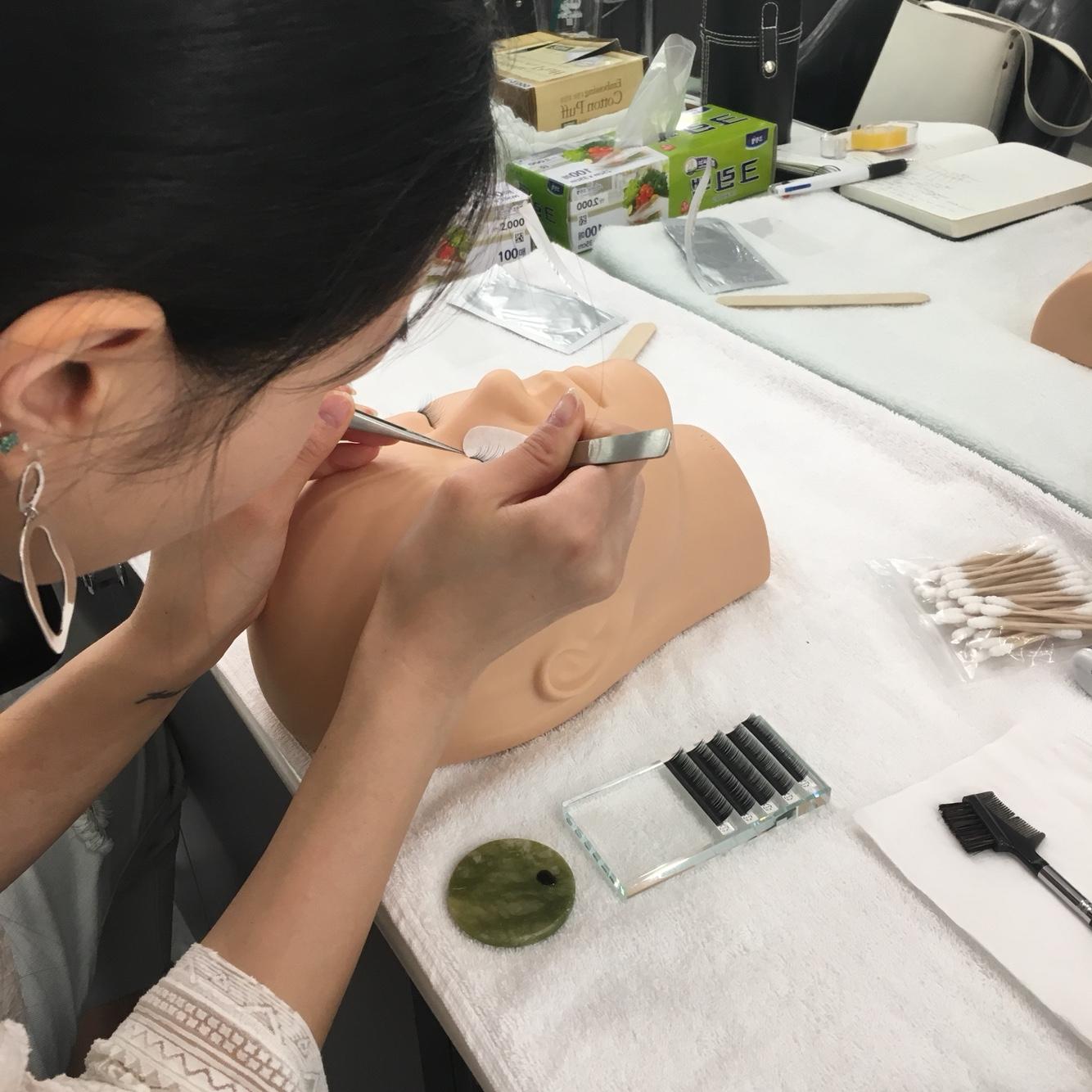 메이크업 국가자격증 - 속눈썹 연장 연습중!